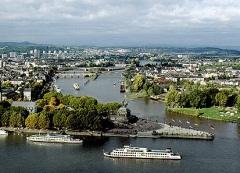 Koblenz med floderna Rhen och Mosel